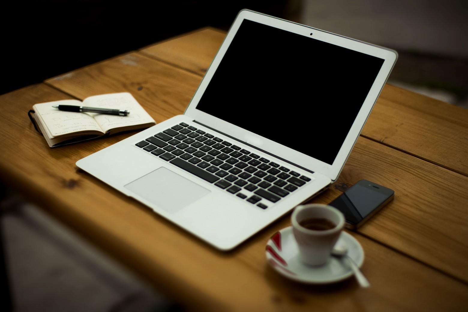 Rédaction de courriers, tableaux de bord, organisation administrative,...